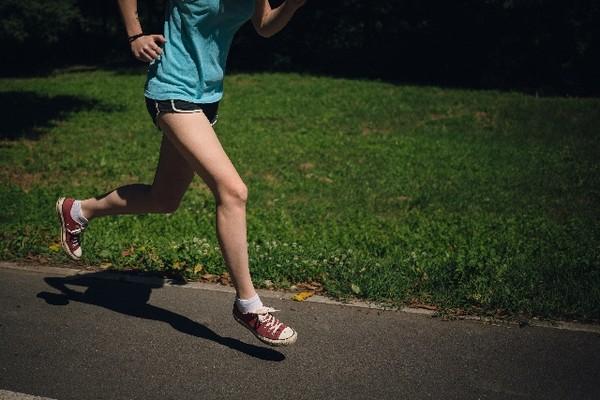 ダイエットするなら?ウォーキングとジョギングとランニングの違い
