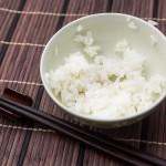 炭水化物抜きダイエットは本当に痩せる効果があるのか?