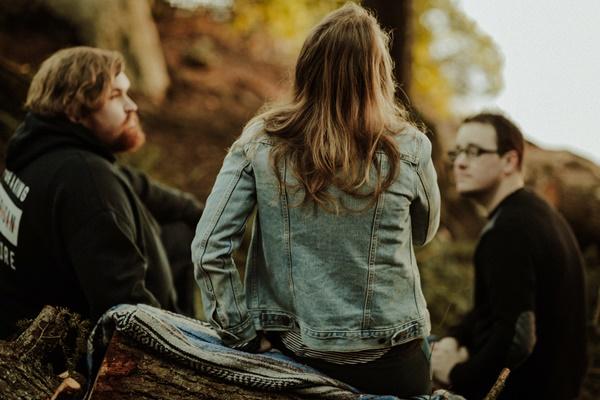 距離が近いときの男性心理とは?恋愛関係に持ち込む3つの知恵