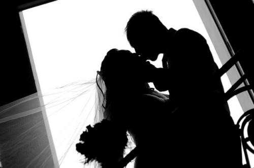 社内恋愛から結婚の報告をするベストなタイミングとは?