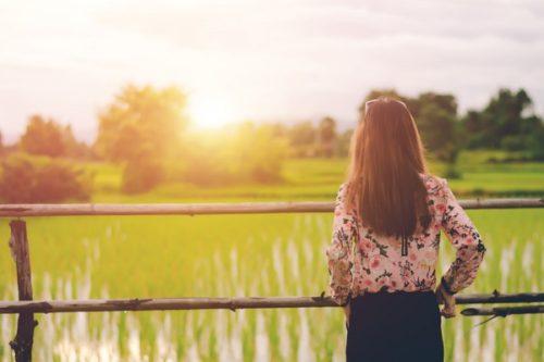 恋愛で素直になれない女性の幸せを掴むための心の見つめ方